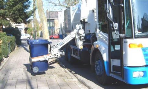 20131010_vuilniswagenzijlagergroot